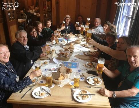 Família Caminhos na Cervejaria Hofbräuhaus, Munique, Alemanha
