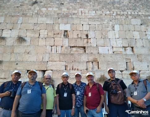Caminheiros no Muro das Lamentações, Jerusalém, Israel