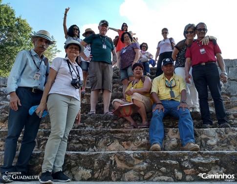 Caminheiros em Uxmal, México