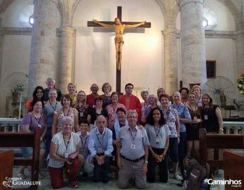 Família Caminhos na Catedral de Santo Ildefonso, Mérida, México