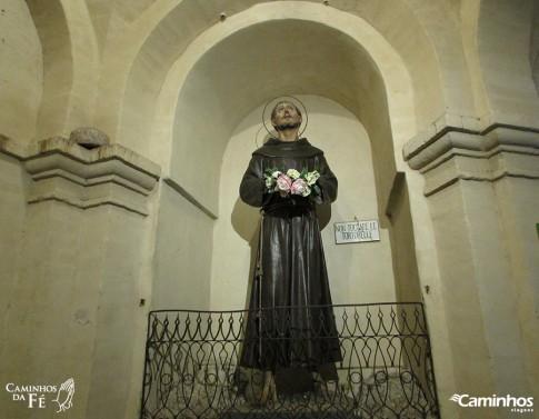 Estátua de São Francisco em Assis, Itália
