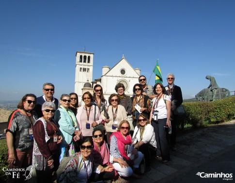 Família Caminhos na Basílica de São Francisco, Assis, Itália