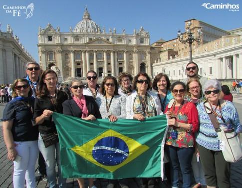 Família Caminhos na Basílica de São Pedro, Vaticano