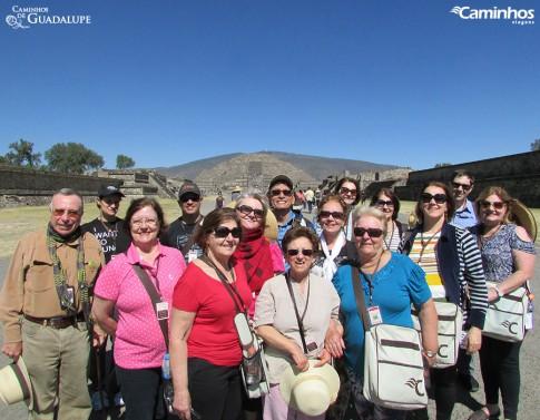 Família Caminhos em Teotihuacán
