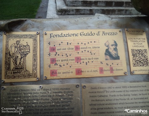 Monumento ao criador das notas musicais, Guido de Arezzo