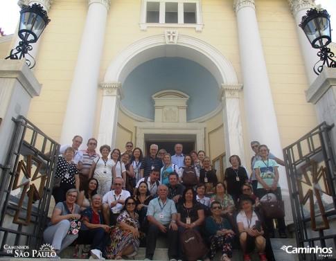 Família Caminhos na Igreja de São Paulo, Atenas, Grécia