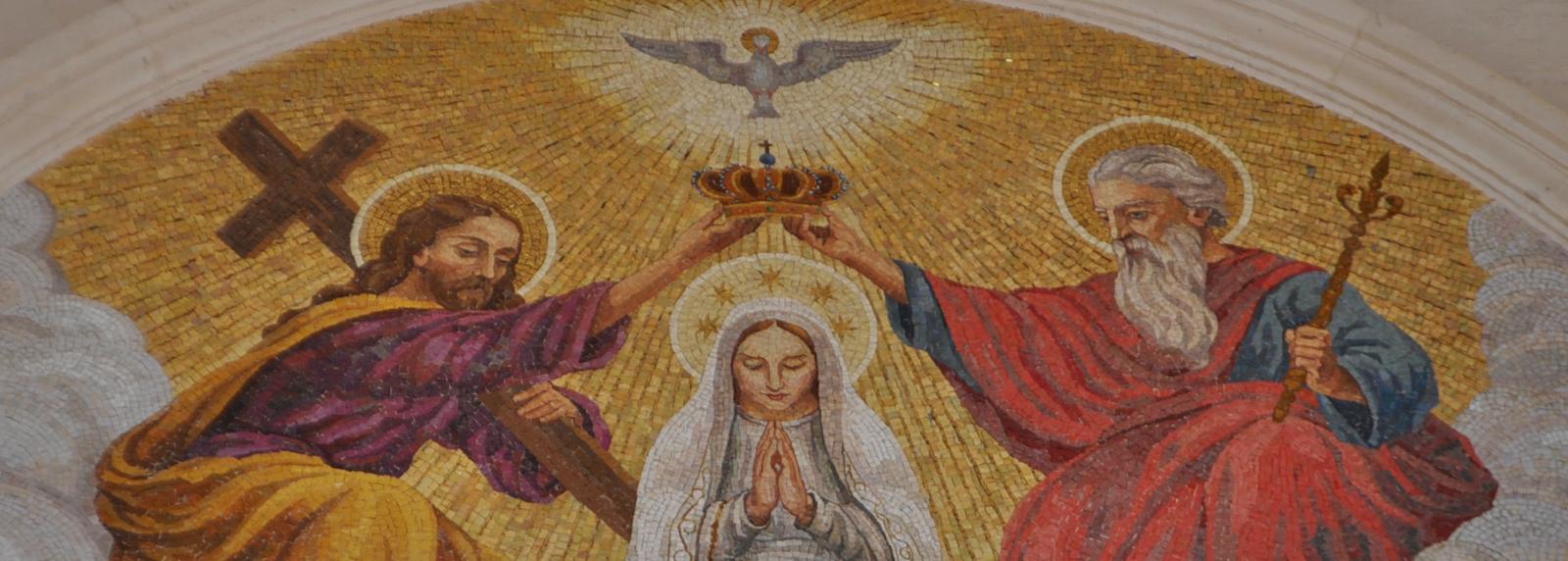 Uma viagem pela Ave Maria