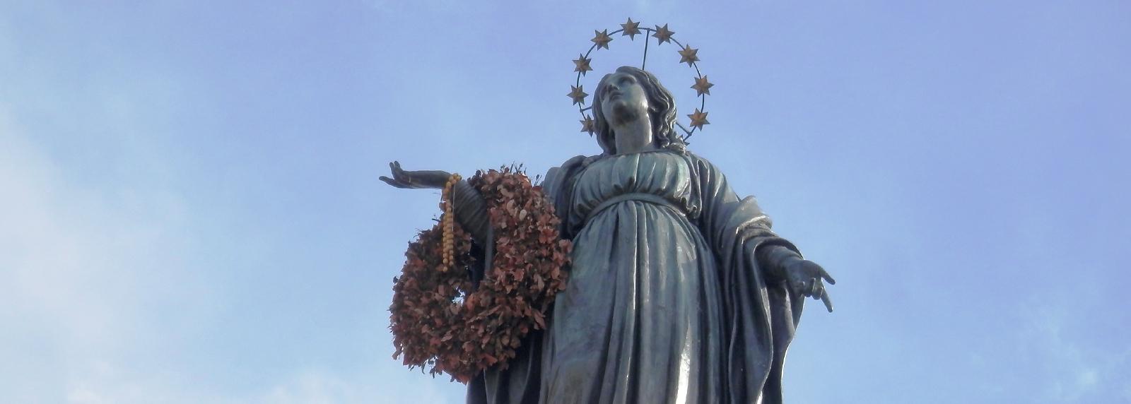 O que a Imaculada Conceição e a União Européia têm em comum?